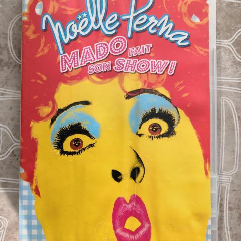 troc de  Noelle perna mado fait son show, sur mytroc