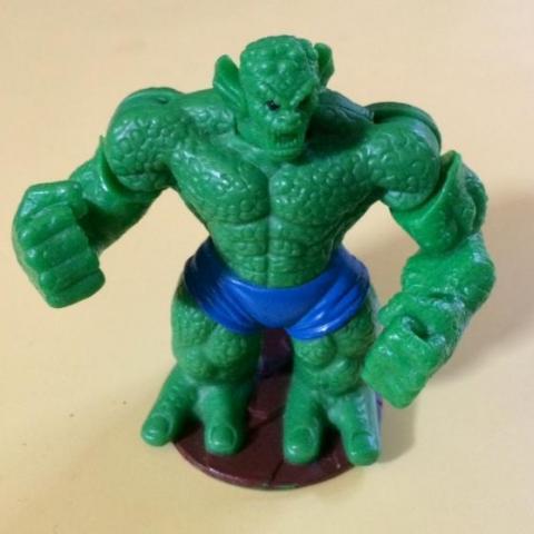 troc de  Figurine Héros Marvel - le méchant vert - McDo 2008 - 7 cm, sur mytroc