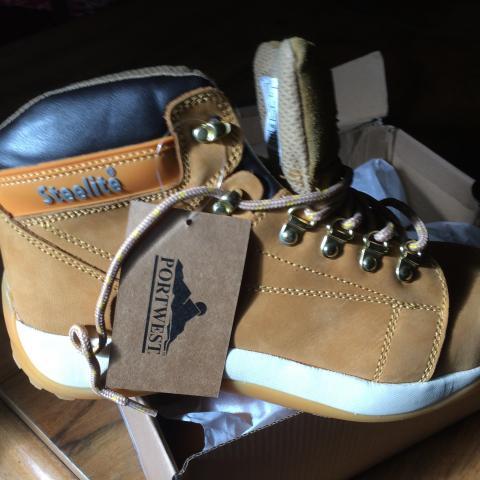 troc de  Chaussures homme, sur mytroc