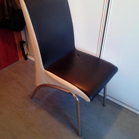 troc de  Chaise simili cuir, sur mytroc