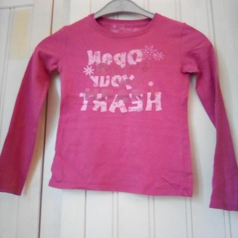 74b92af7a5dad troc de Lot de 2 t-shirts manches longues fille 8 10 ans