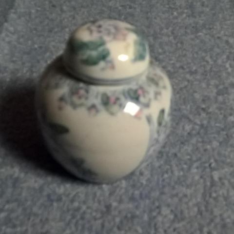 troc de  Petit vase, sur mytroc