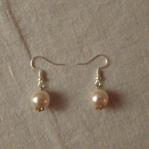 troc de  B.O. perles blanches., sur mytroc