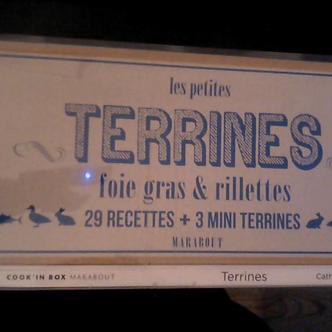 troc de  coffret : livre 29 recettes de terrines +3 mini terrines, sur mytroc