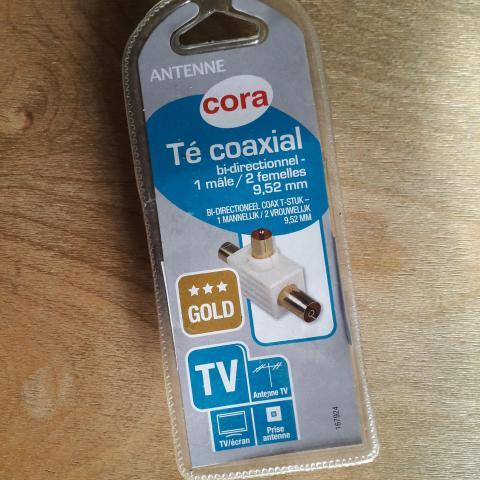 troc de  Té coaxial pour TV écran antenne, sur mytroc