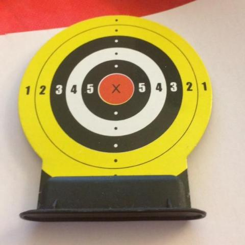 troc de  Mini cible carton - diamètre 7 cm, sur mytroc