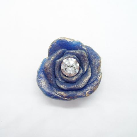 troc de  Rose bleue en fimo, sur mytroc