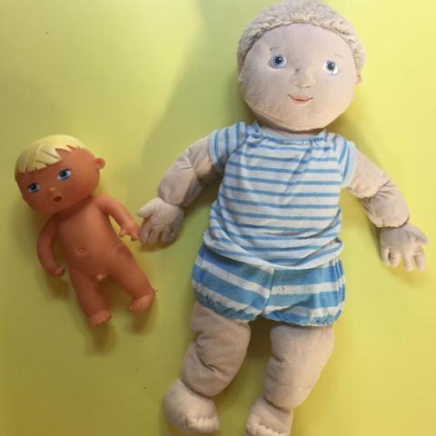 troc de  Lot de 2 poupons - poupées, sur mytroc