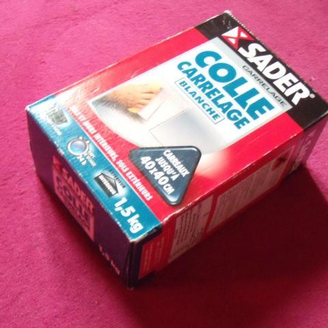 troc de  Colle pour Carrelage blanche SADER - 1.5 kg, sur mytroc
