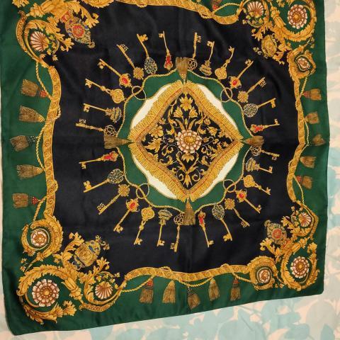 troc de  Grand carré foulards, sur mytroc