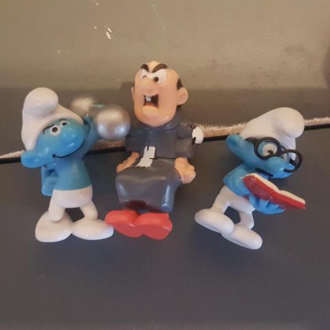 troc de  RESERVE  figurines Kinder Schtroumpfs, sur mytroc