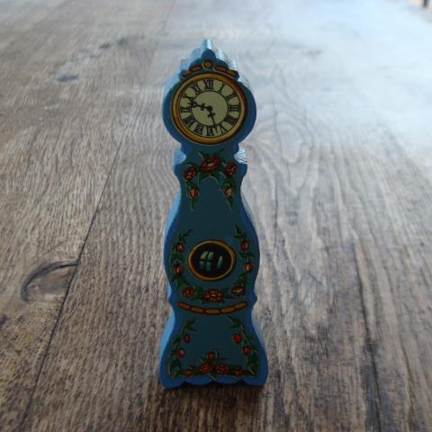 troc de  horloge maison de poupée, sur mytroc