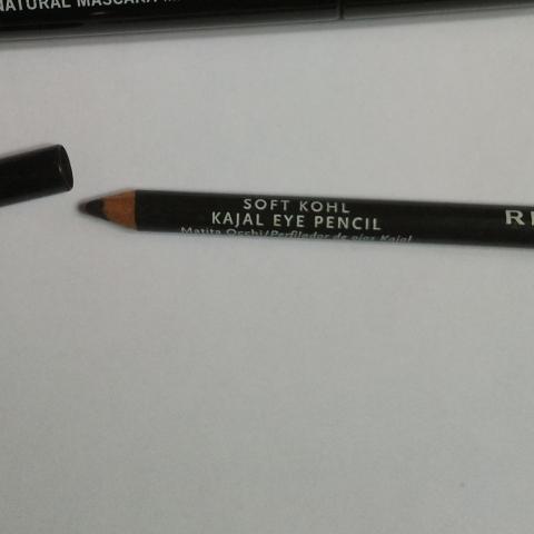 troc de  1 Crayon Rimmel London Soft Khol noir Jet black, sur mytroc