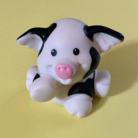 troc de  Figurine bébé vache Little People - très bon état - 5 cm, sur mytroc