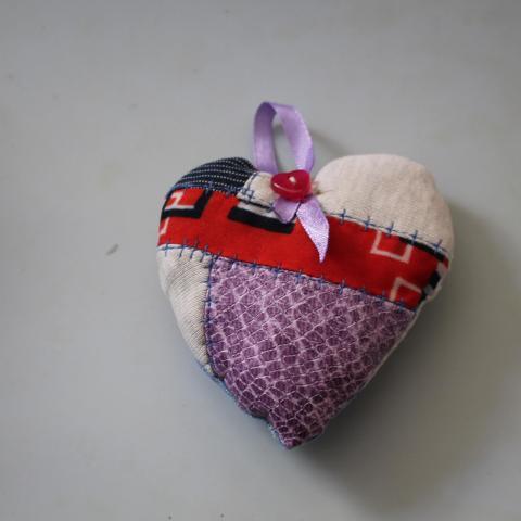 troc de  petit coeur à accrocher fait main (1), sur mytroc