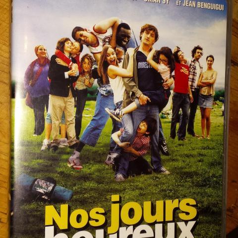 """troc de  DVD Film """"Nos Jours Heureux"""", sur mytroc"""
