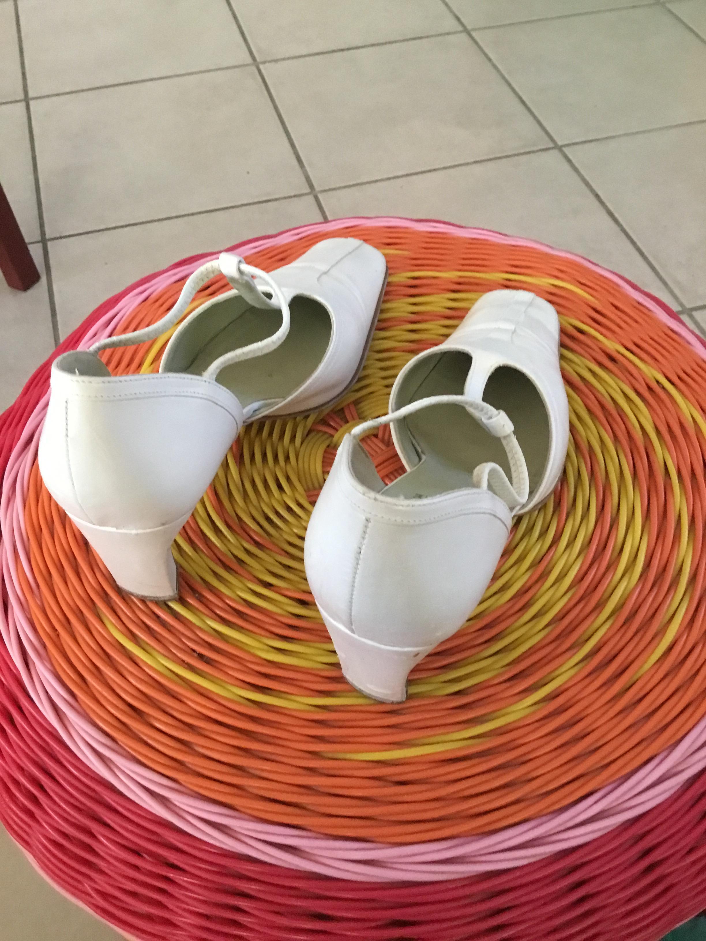 troc de troc donne chaussures femme à talons élégantes pointure 37 image 0