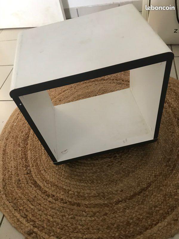troc de troc 2 petites tables d'appoint :-) image 1
