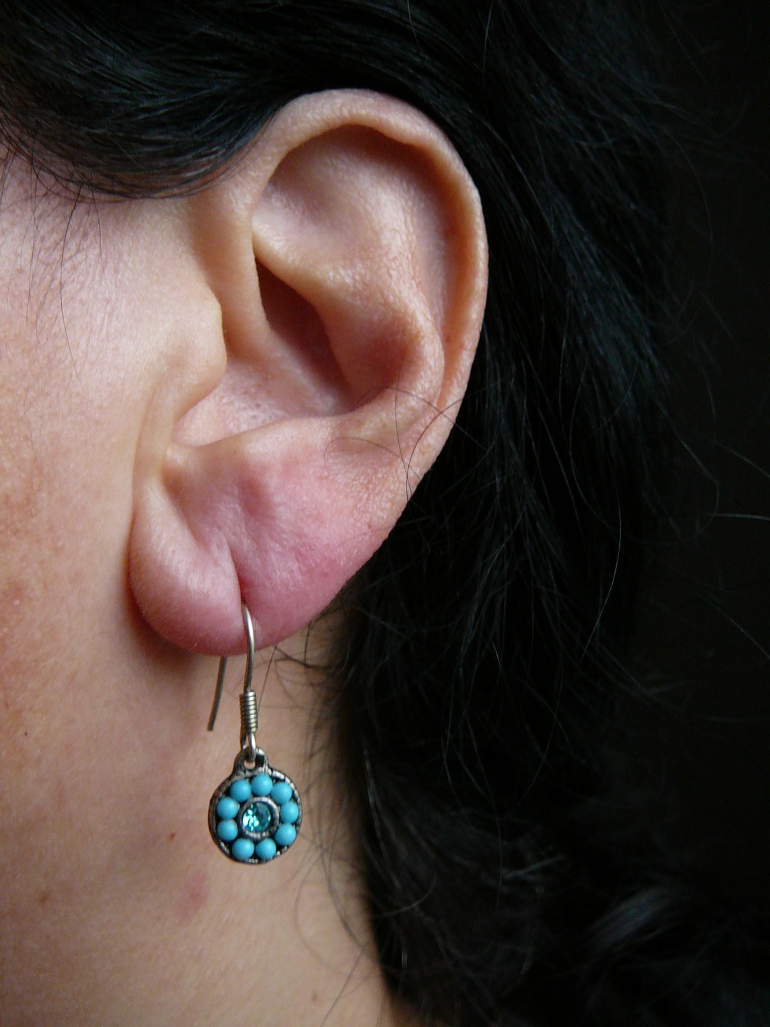 troc de troc réservées à nonore13 petites boucles bleues image 1