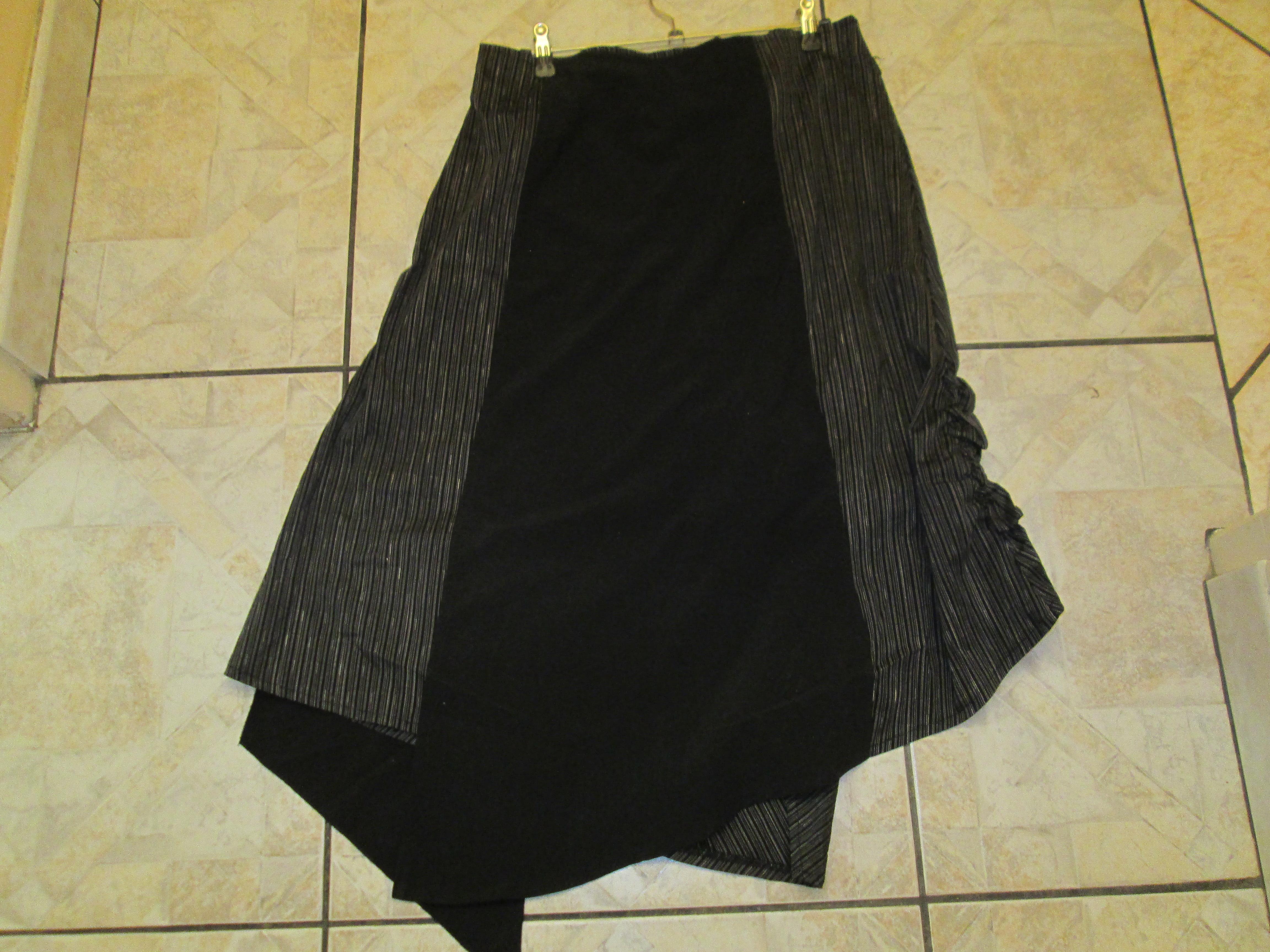 troc de troc jupe noir    neuve asymétrique  taille 44 15 noisettes image 1