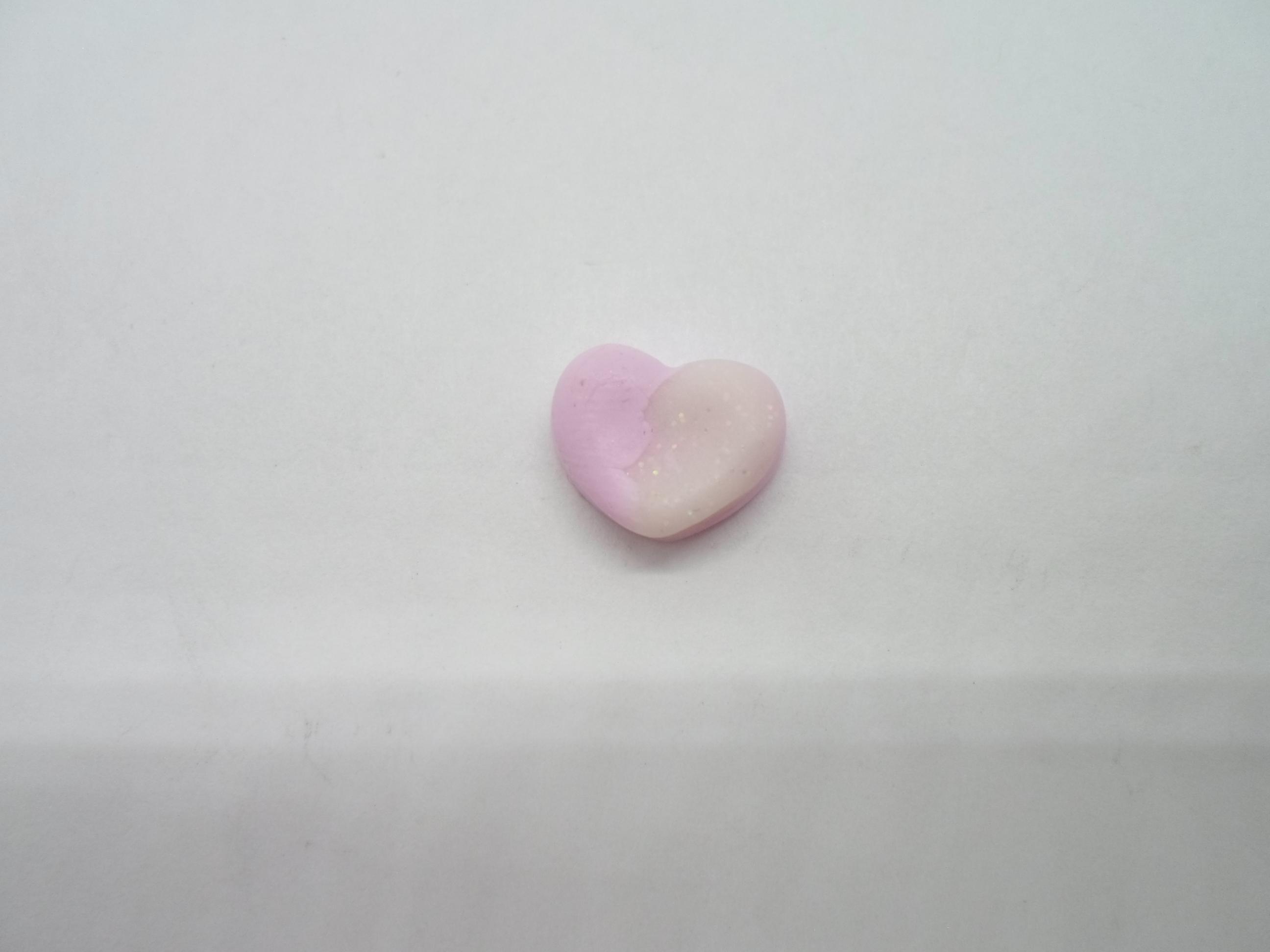 troc de troc petit cabochon coeur bicolore en fimo image 0