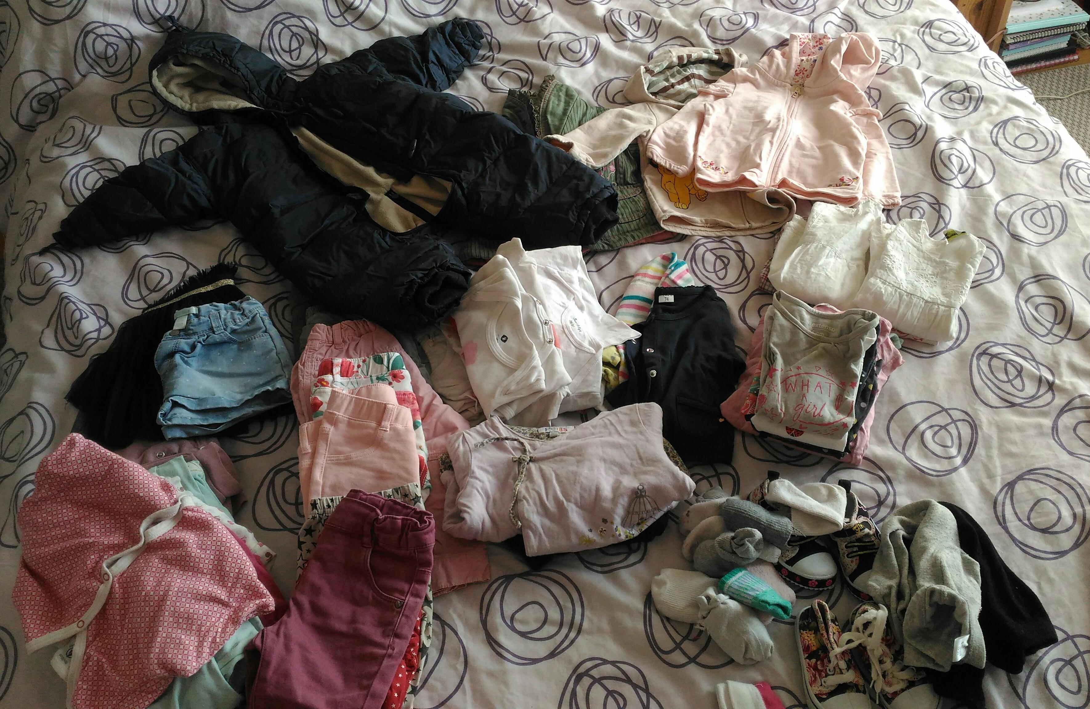 troc de troc troc lot vêtements bb filles 12/18 mois image 0
