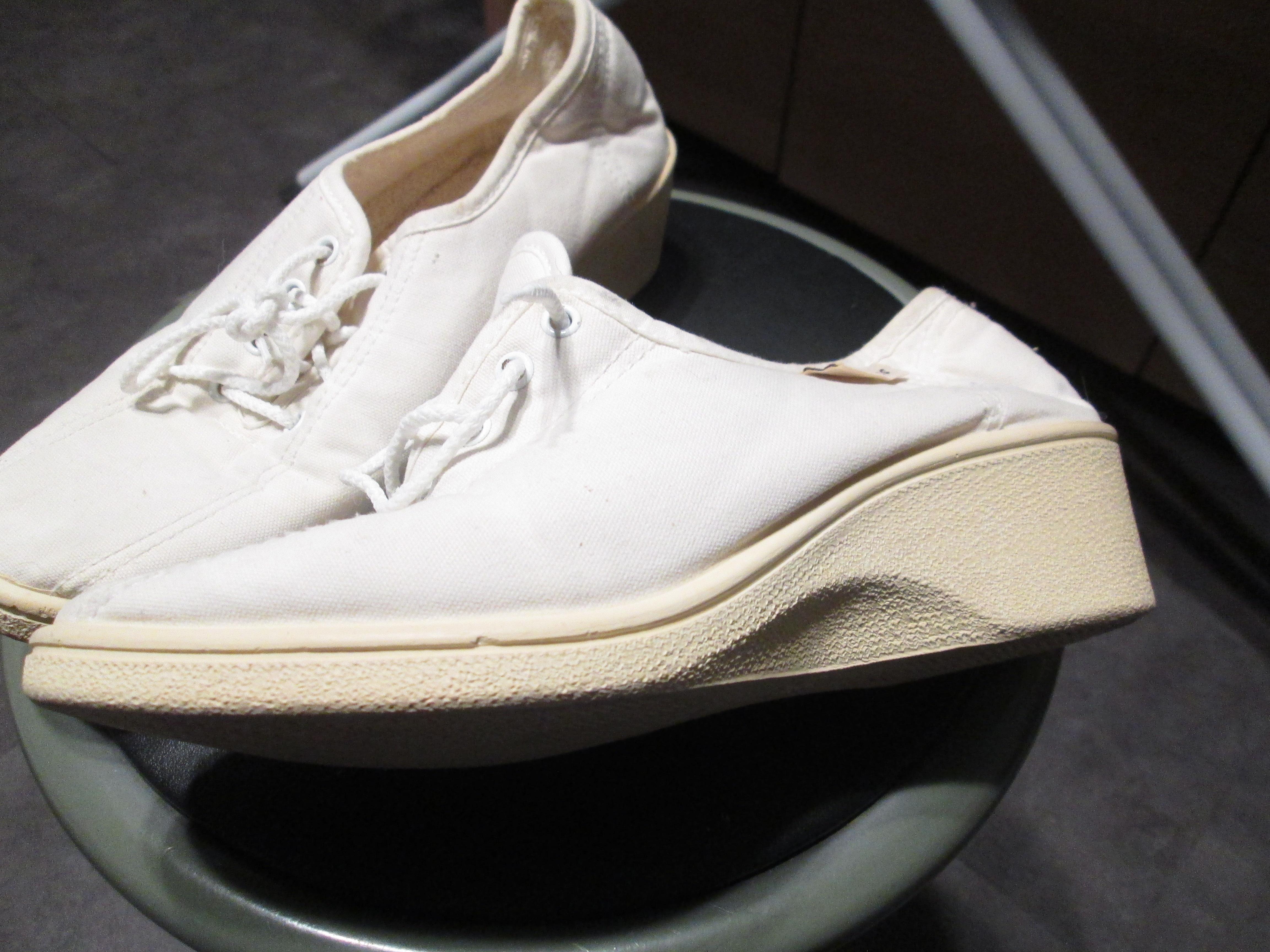 troc de troc chaussurespointure 36  toile pour faire de la marche 5 noisettes image 1