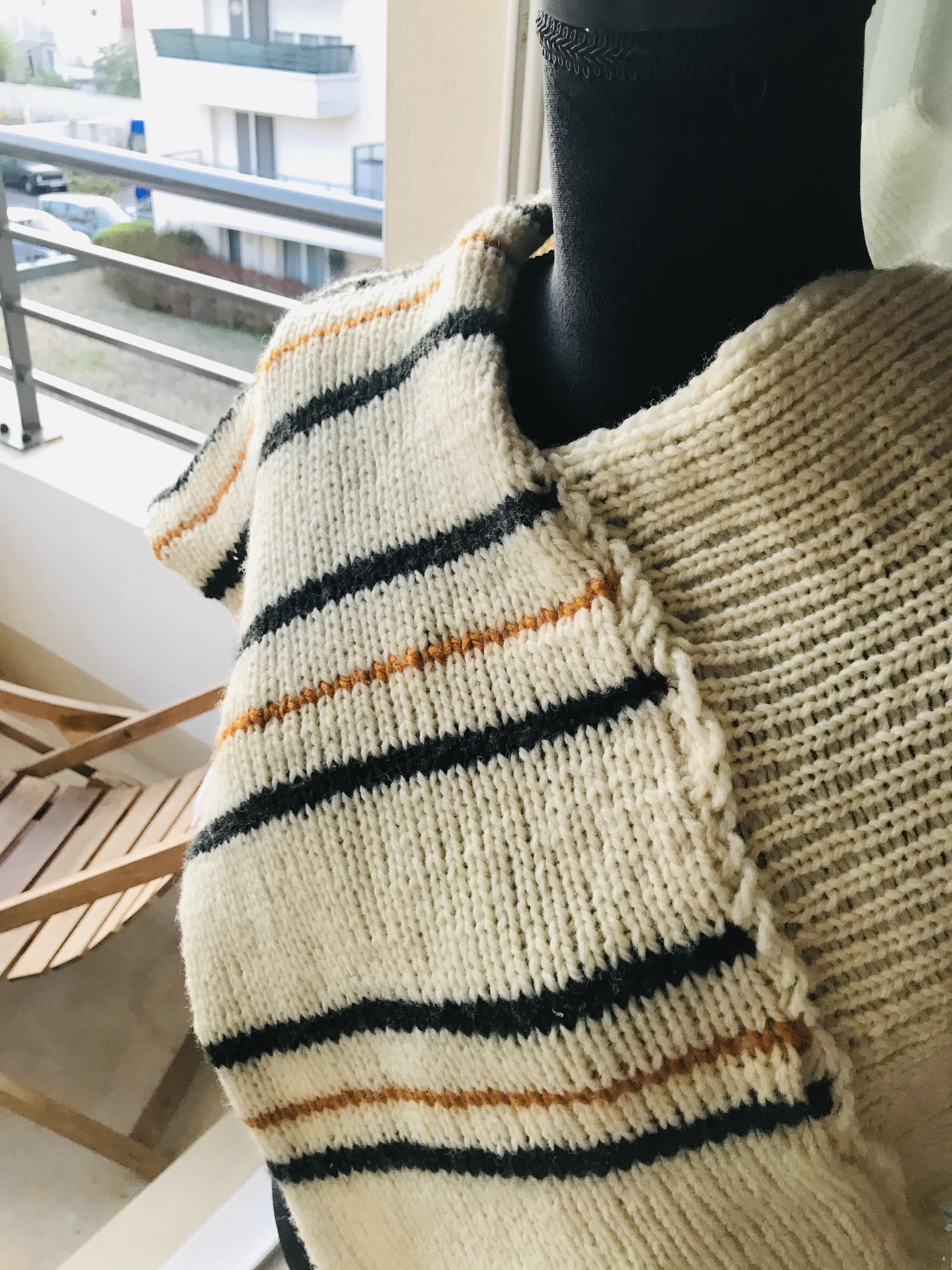 troc de troc poncho court en pure laine fait main - «tanger» image 1