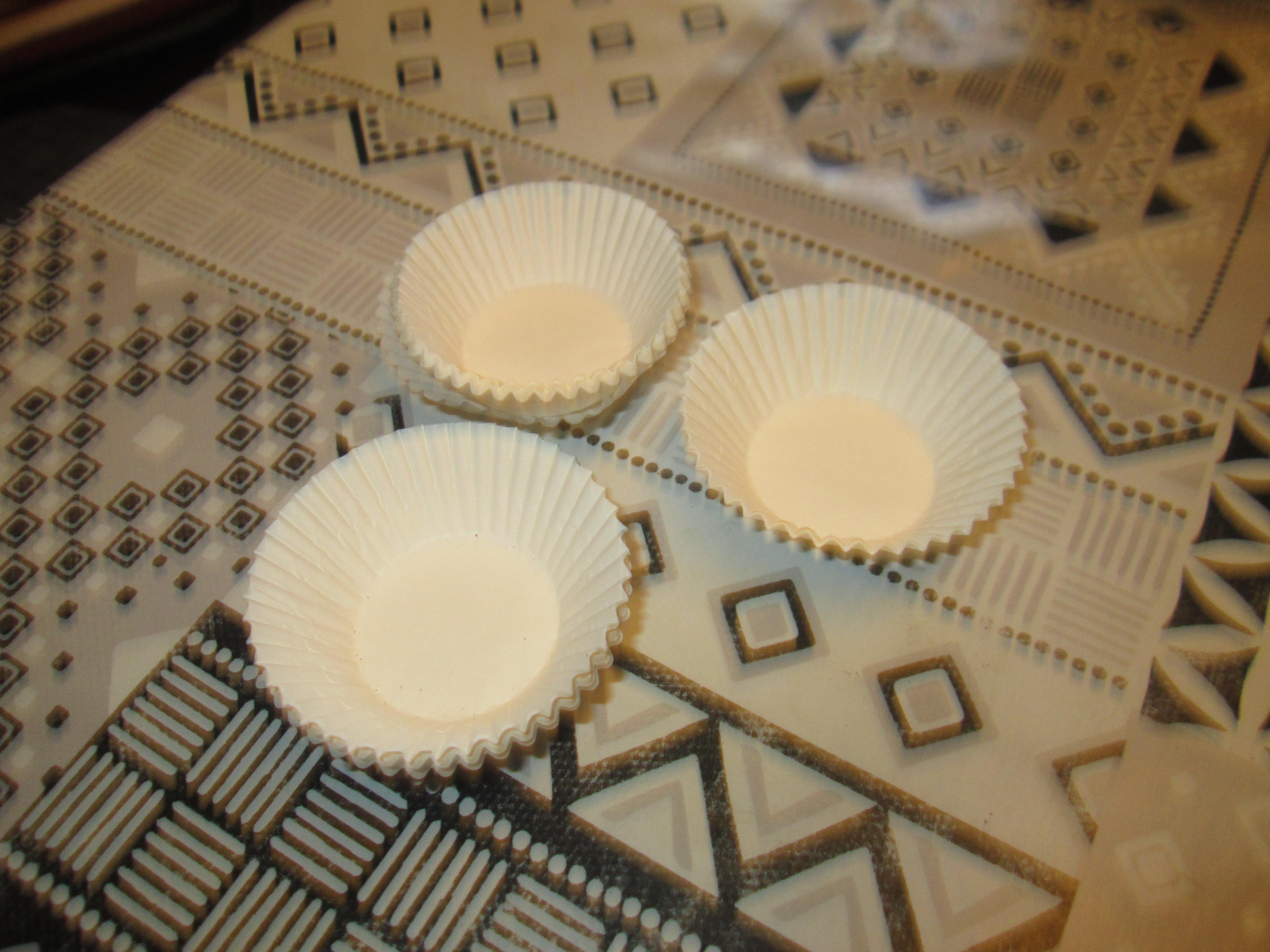 troc de troc moules papier pour faire petit dessert 1 noisettes image 0