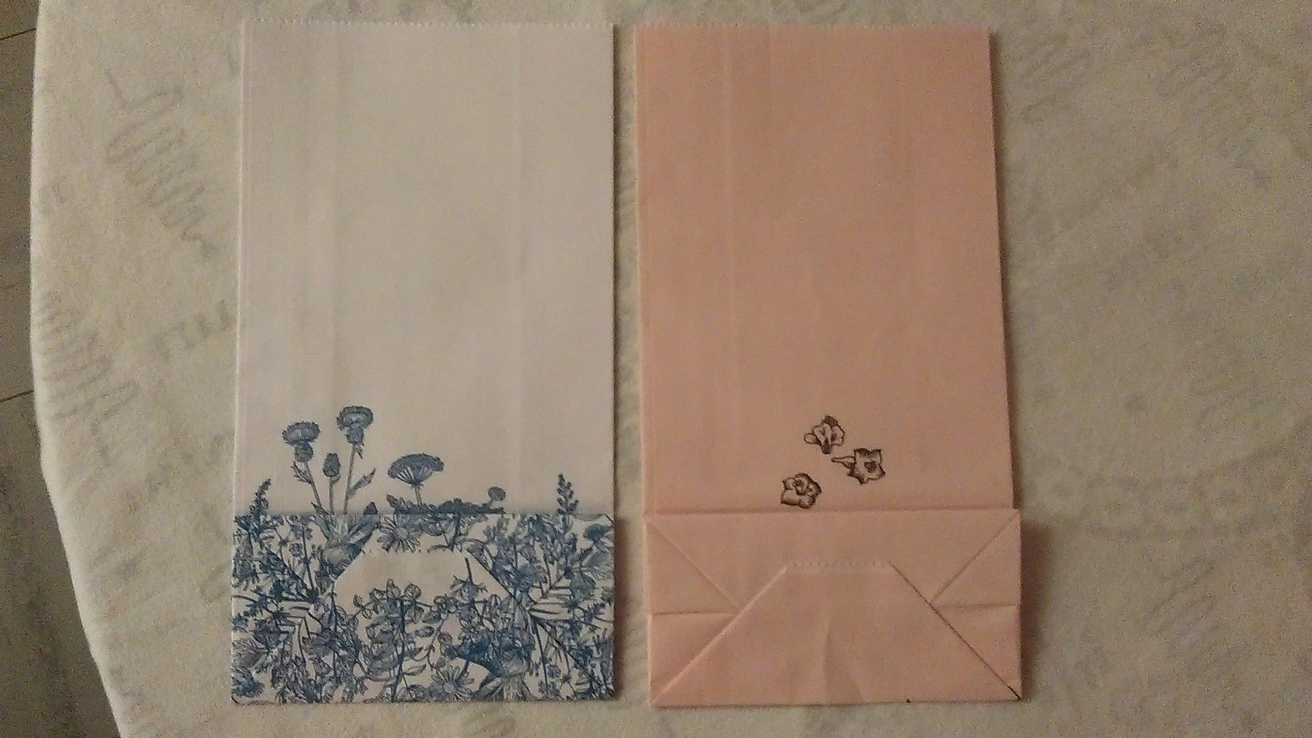 troc de troc 2 pochettes cadeaux. reservees. image 1