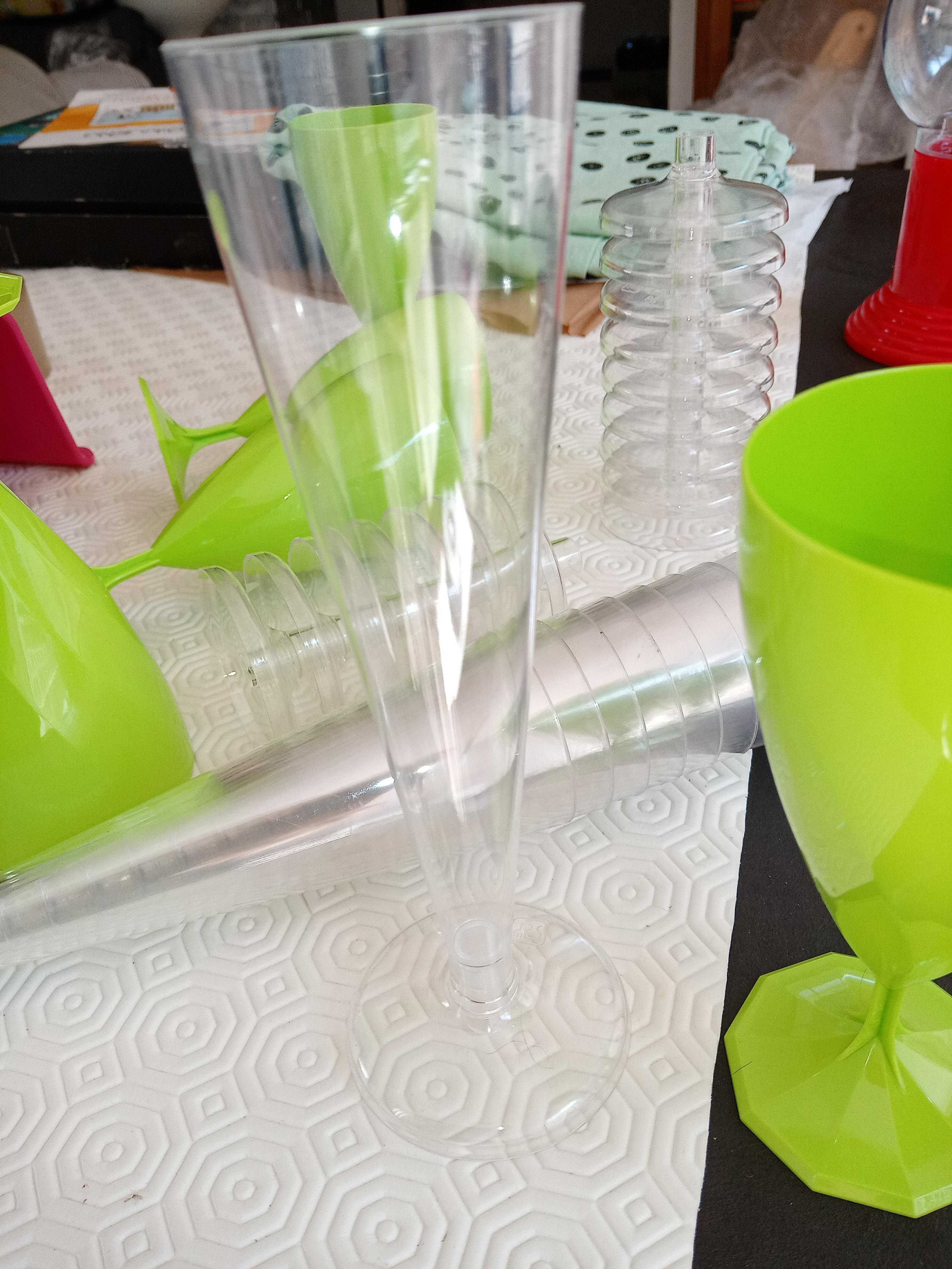 troc de troc lot de verres plastique *dispo* image 1