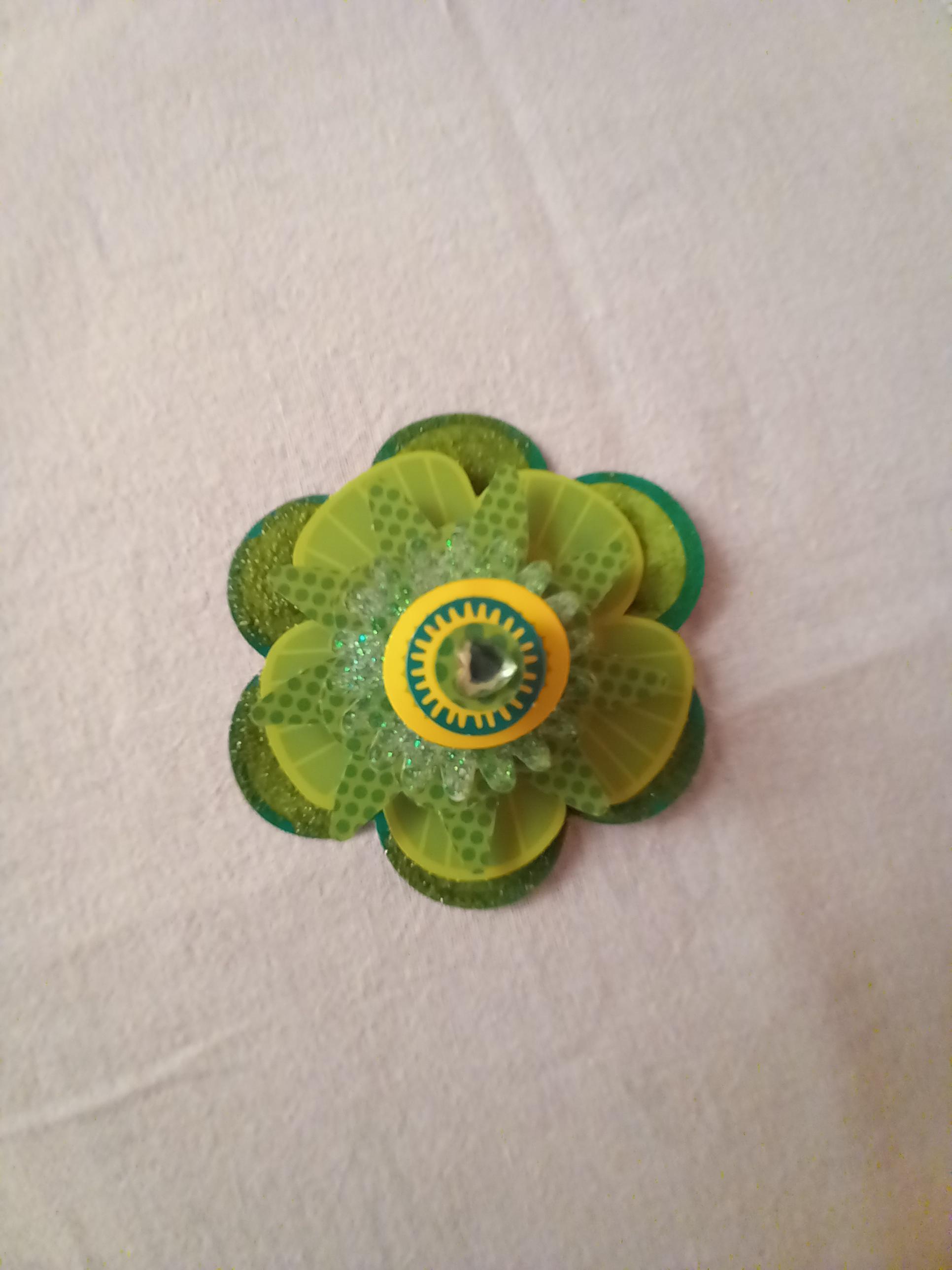 troc de troc fleur de décoration 3d. image 0