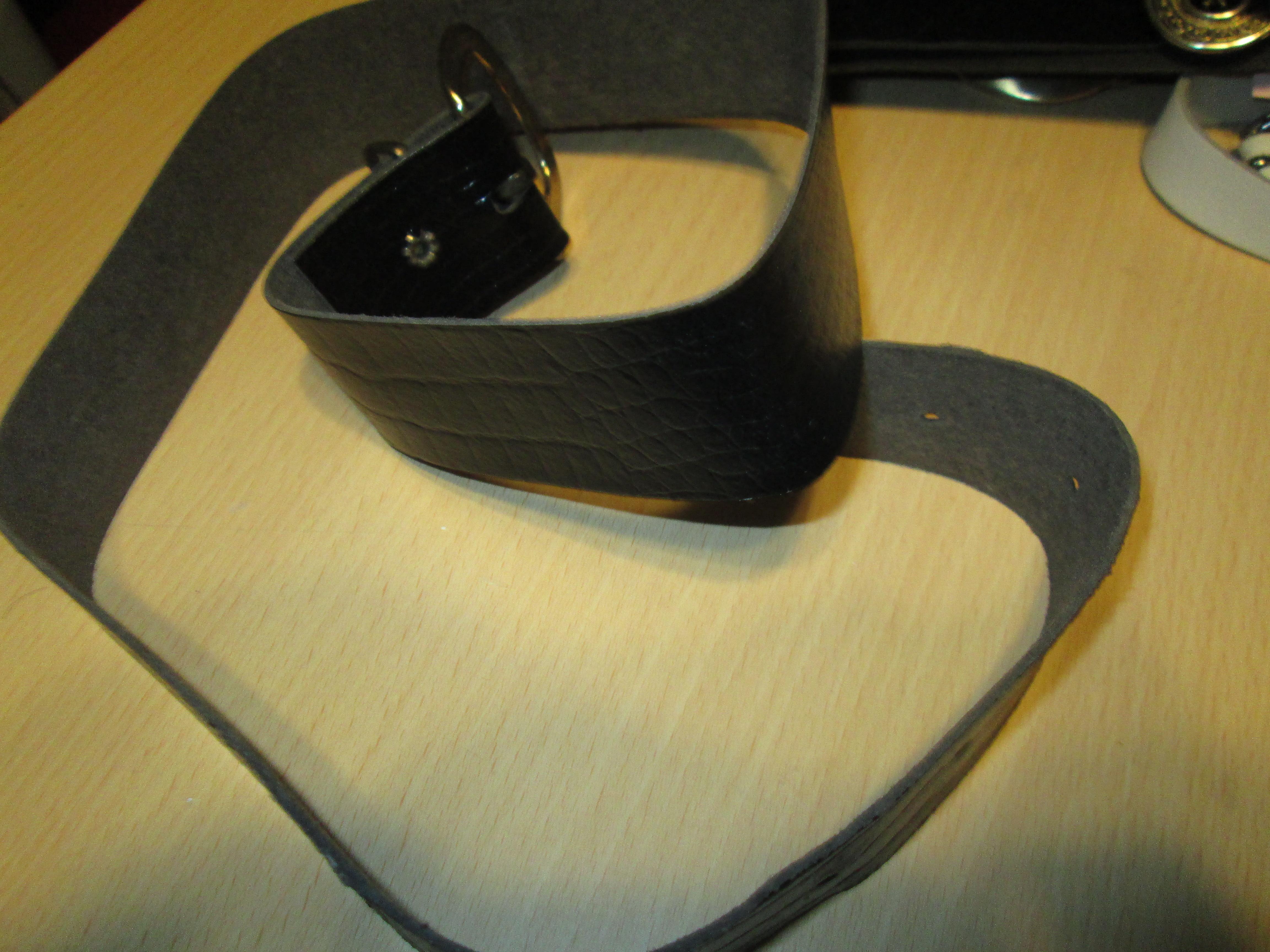 troc de troc ceinture noir 85 cm 3 noisettes image 0