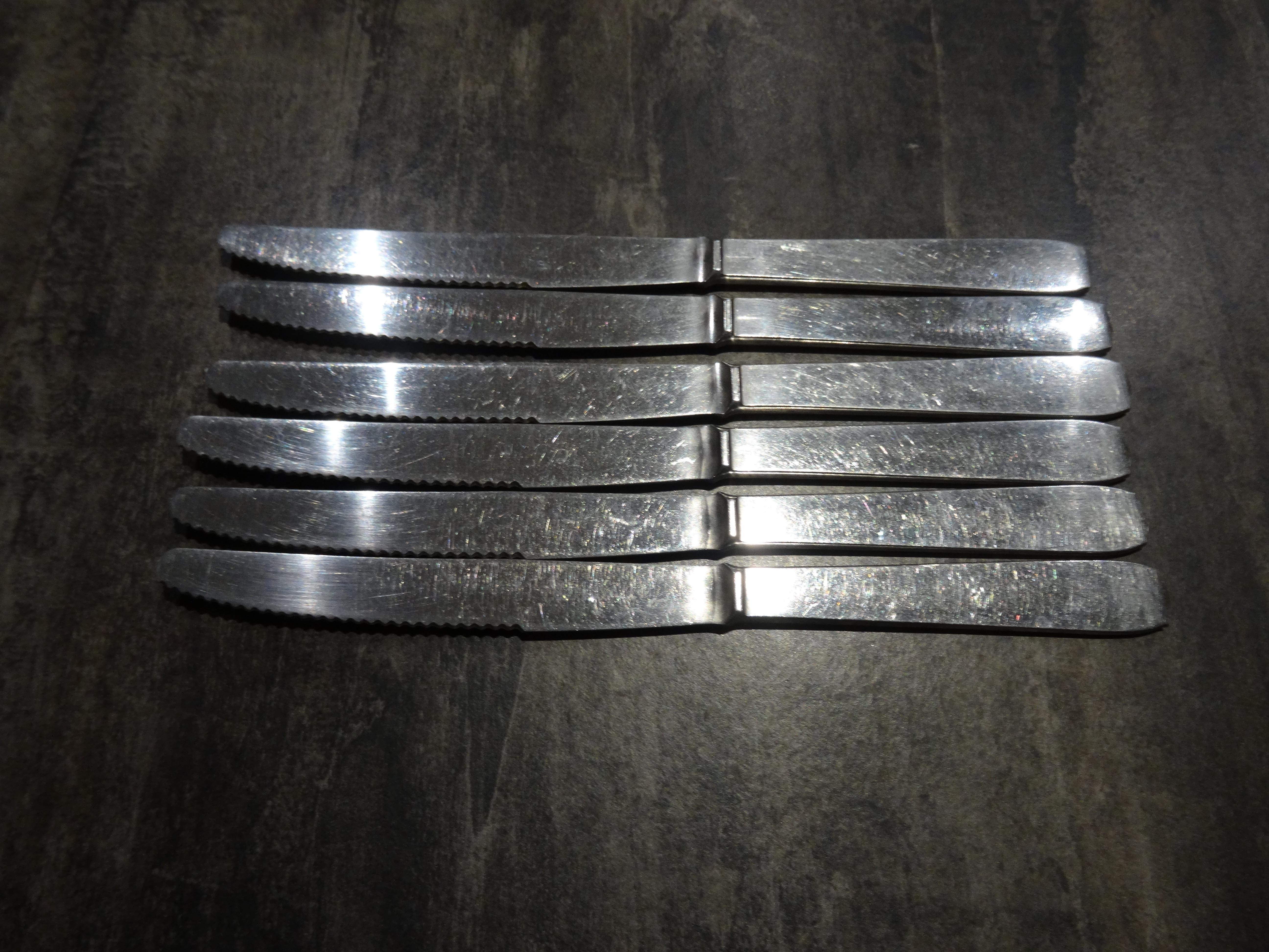 troc de troc 6 couteaux (1) image 0