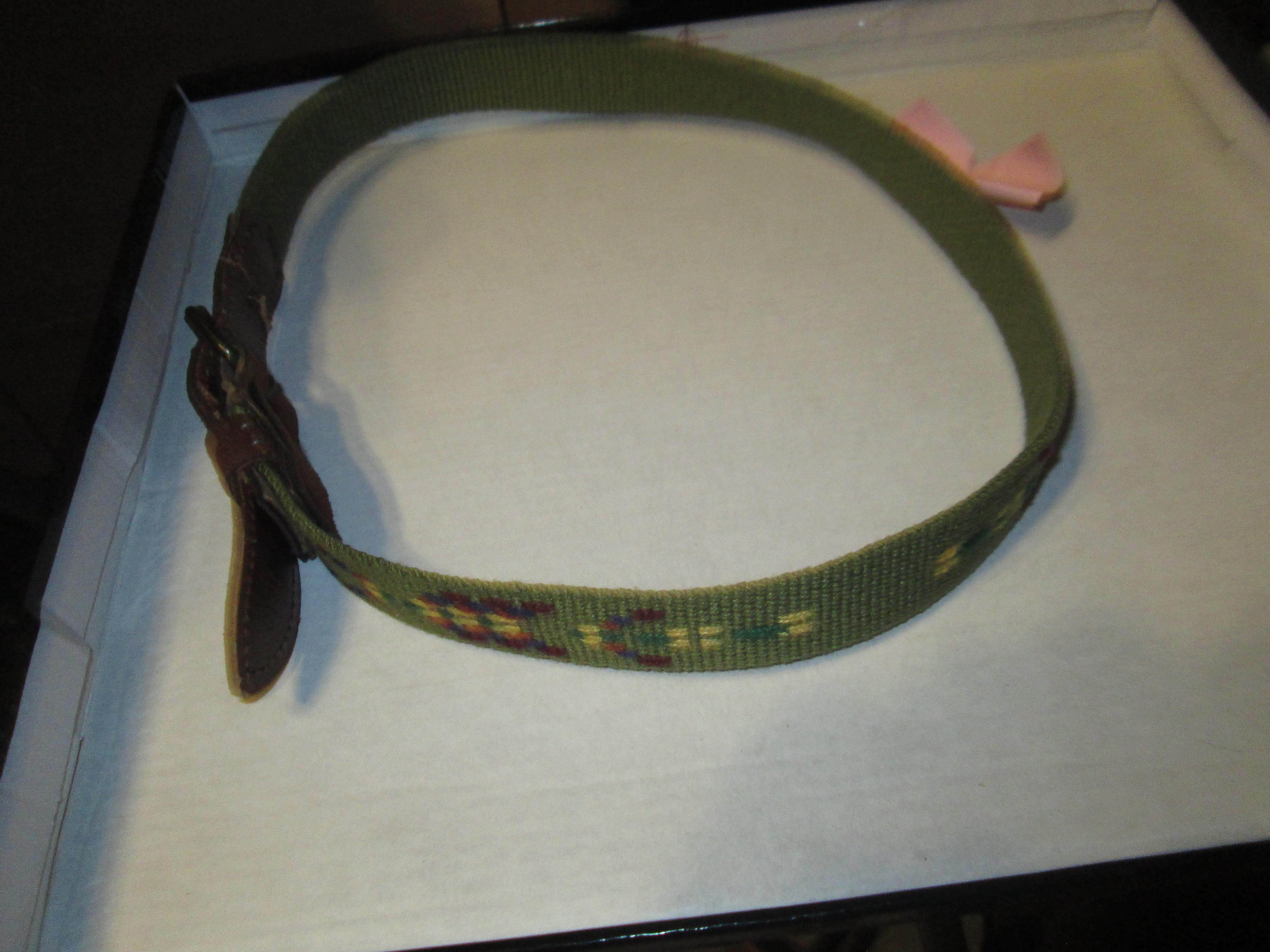 troc de troc ceinture enfant  5 à 10 ans 3 noisettes image 0