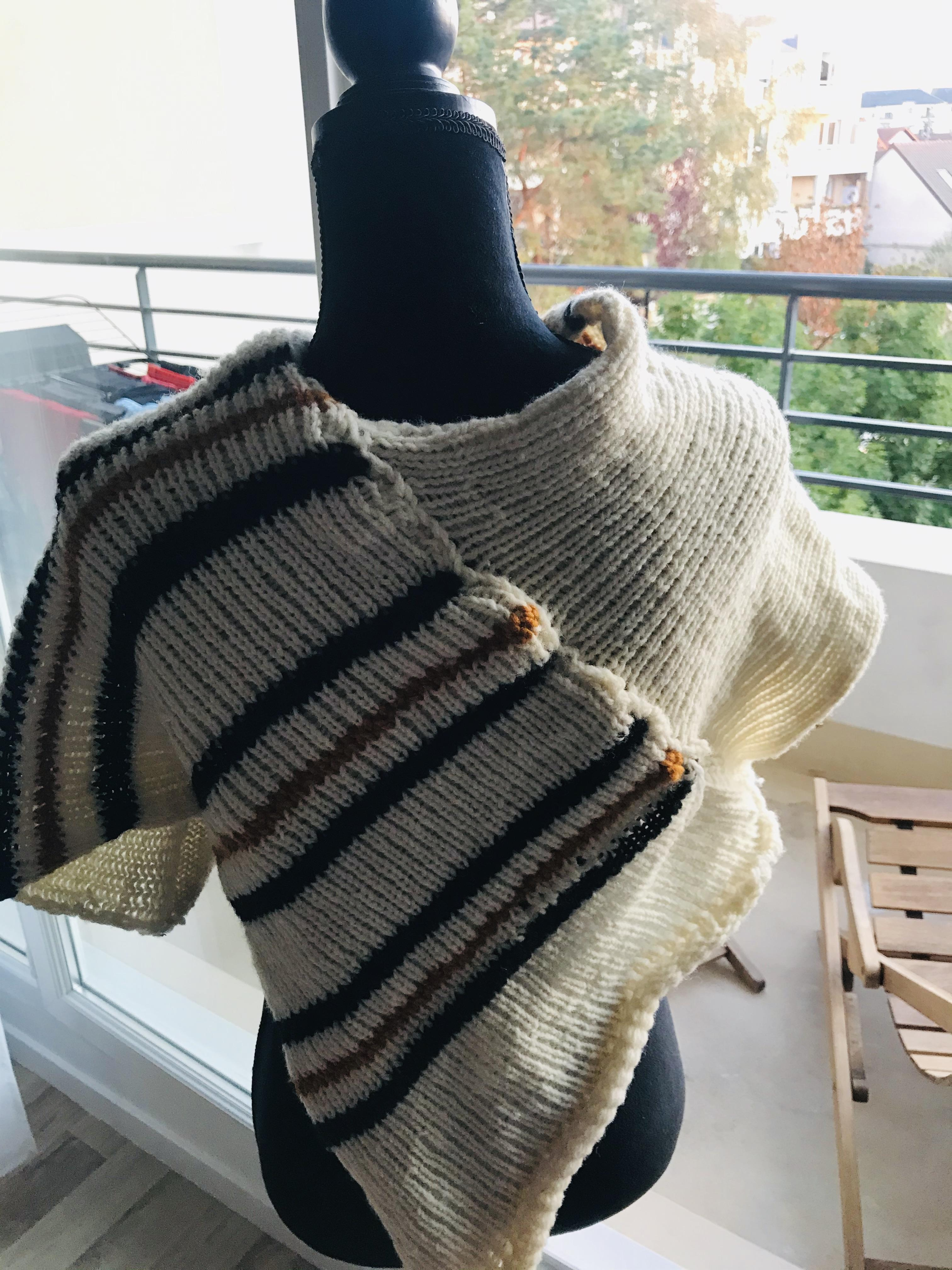 troc de troc poncho court en pure laine fait main - «tanger» image 2