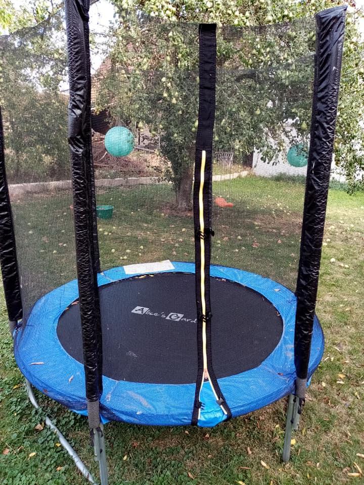 troc de troc trampoline image 1