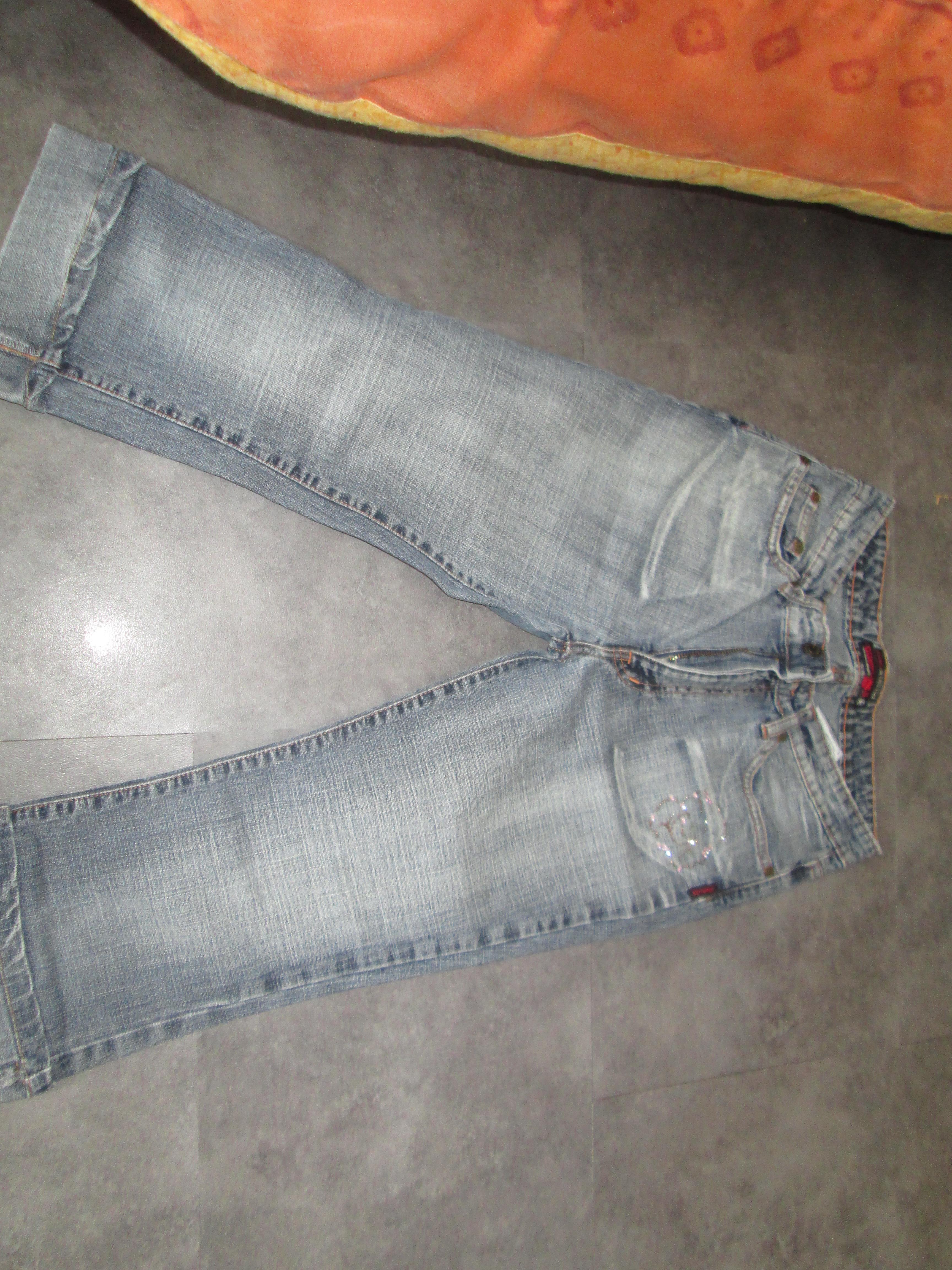 troc de troc pantacourt 16 ans en jeans 5 noisettes image 0