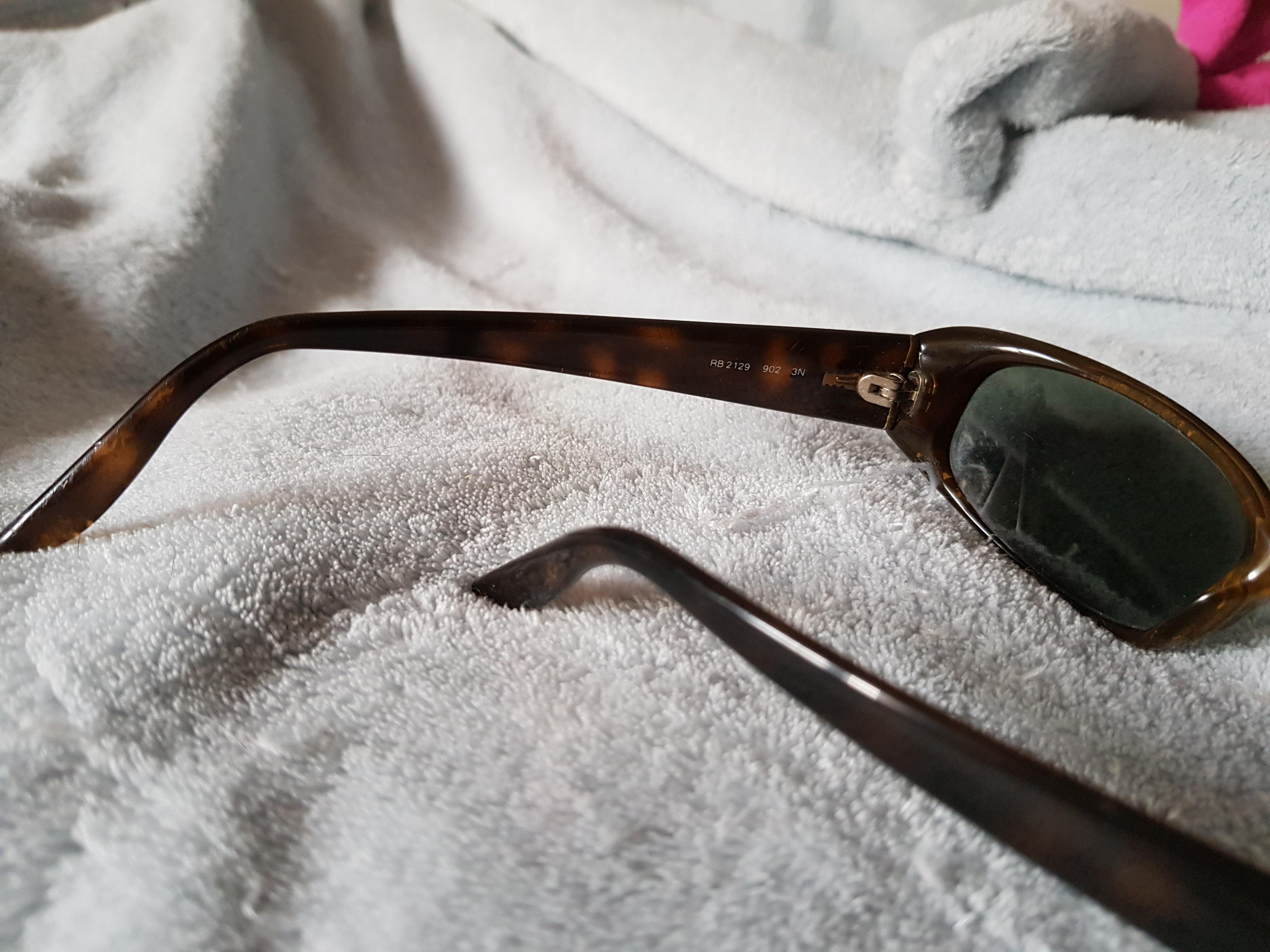 troc de troc paire de lunette de soleil rayban image 1