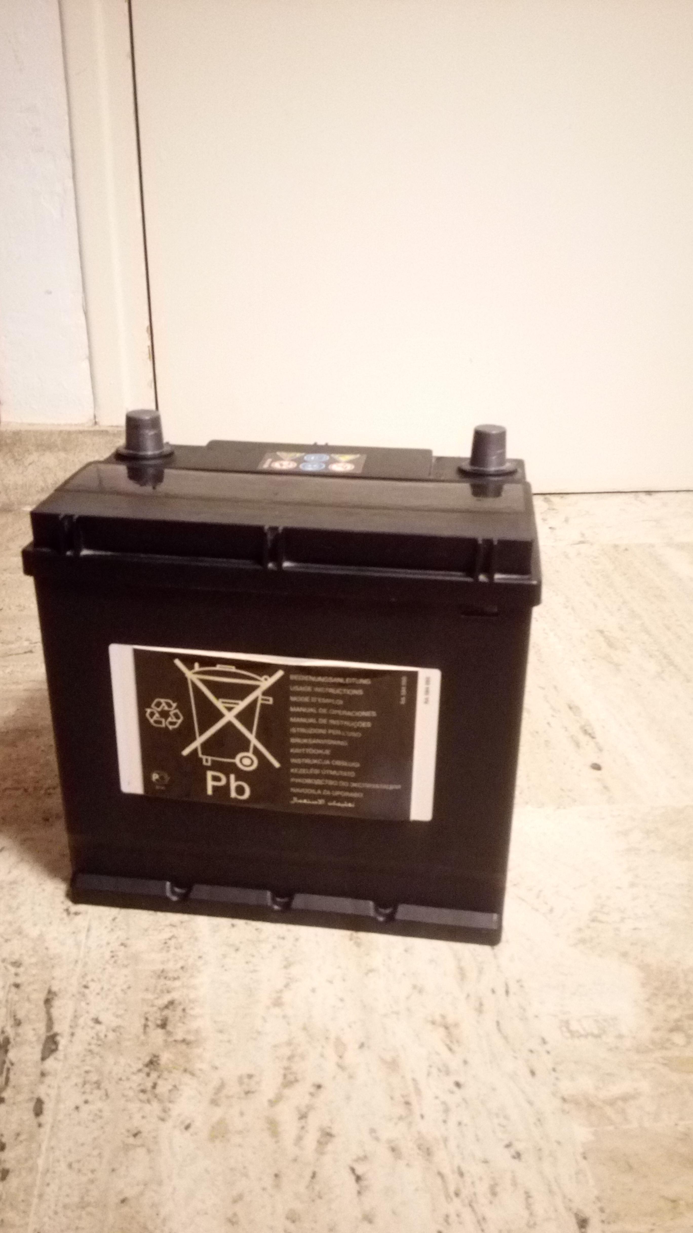 troc de troc batterie 12v-40ah 340a (en) contact feu vert n°2 image 1