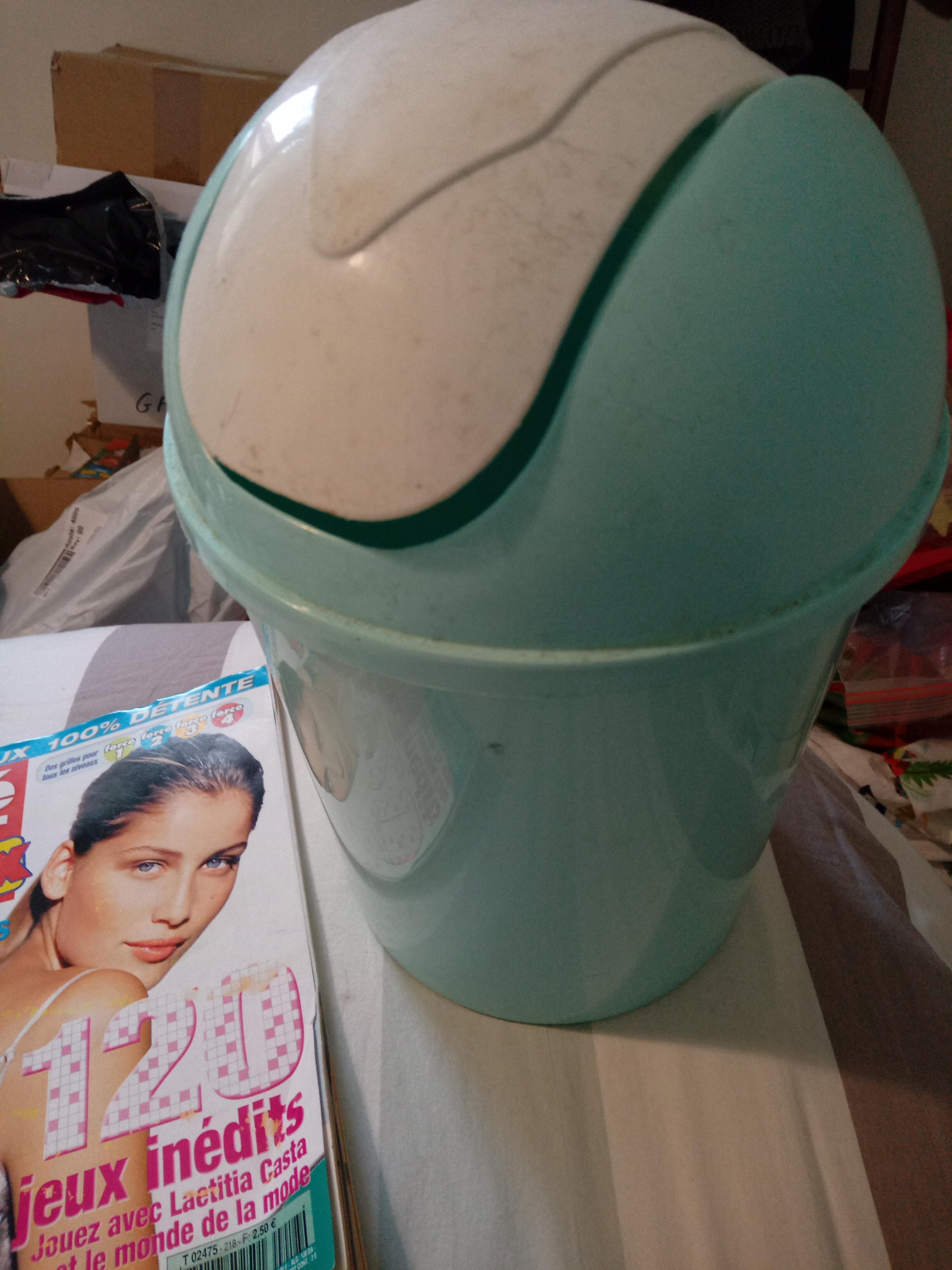 troc de troc poubelle style poubelle de salle de bain *dispo image 0