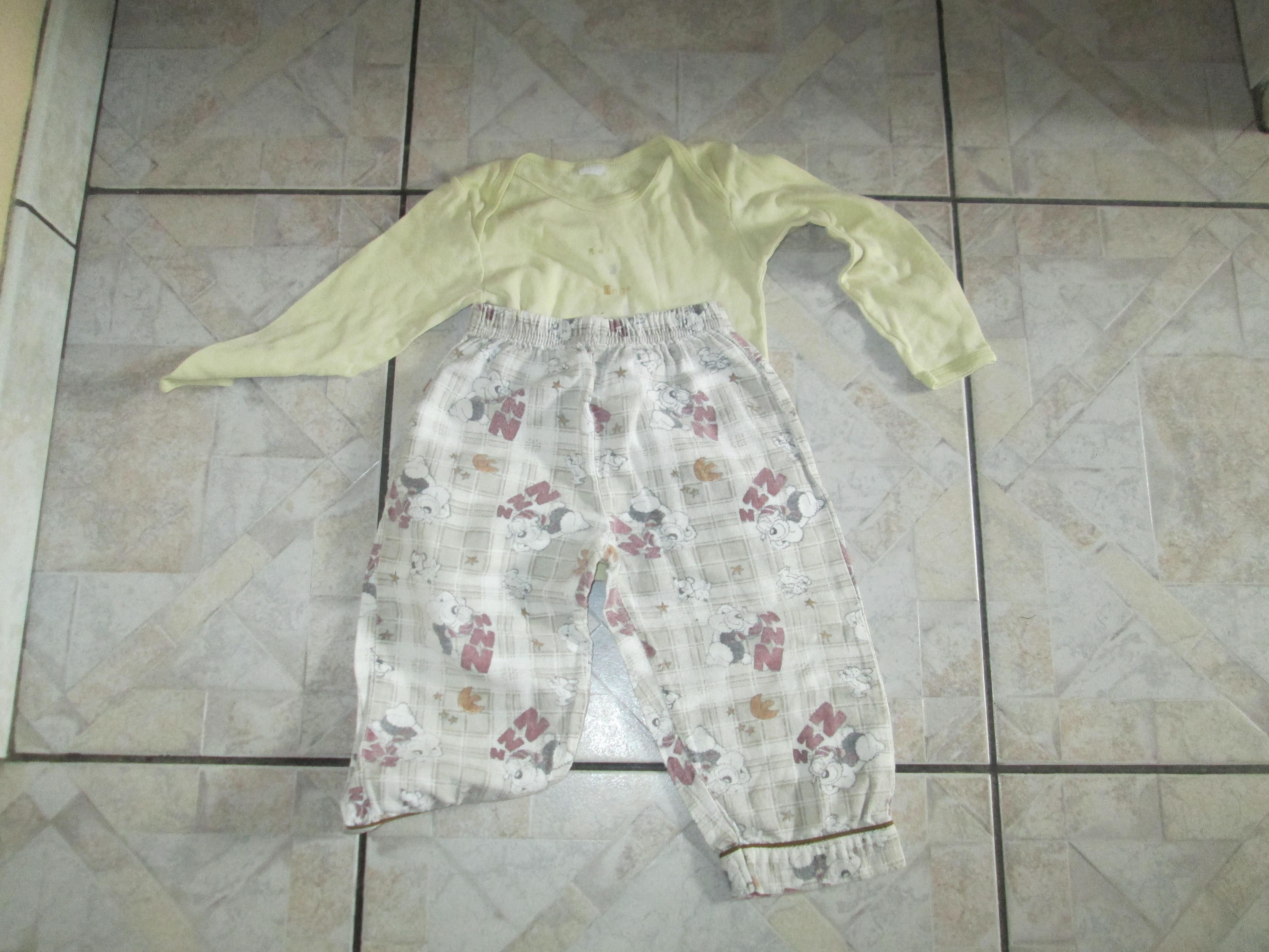 troc de troc culotte de pyjama 2 ans et petite chemise correct 3 noisettes image 0