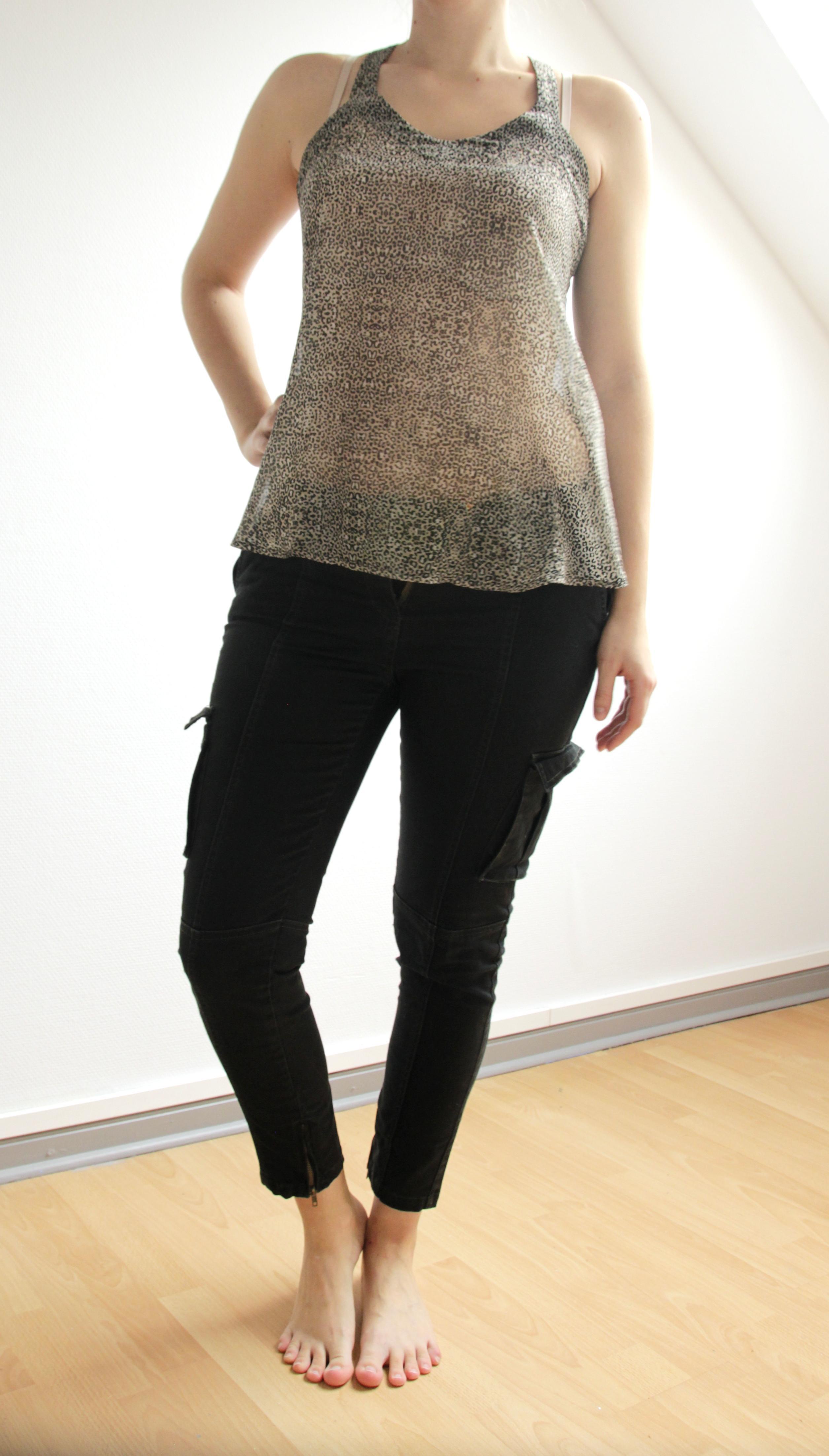 troc de troc pantalon noir 7/8 marque monoprix taille 40 image 0