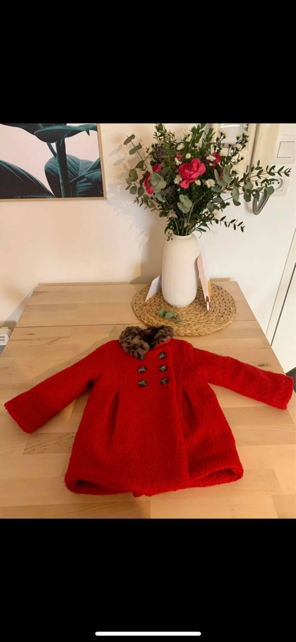 troc de troc manteau rouge catimini , 12 mois image 2