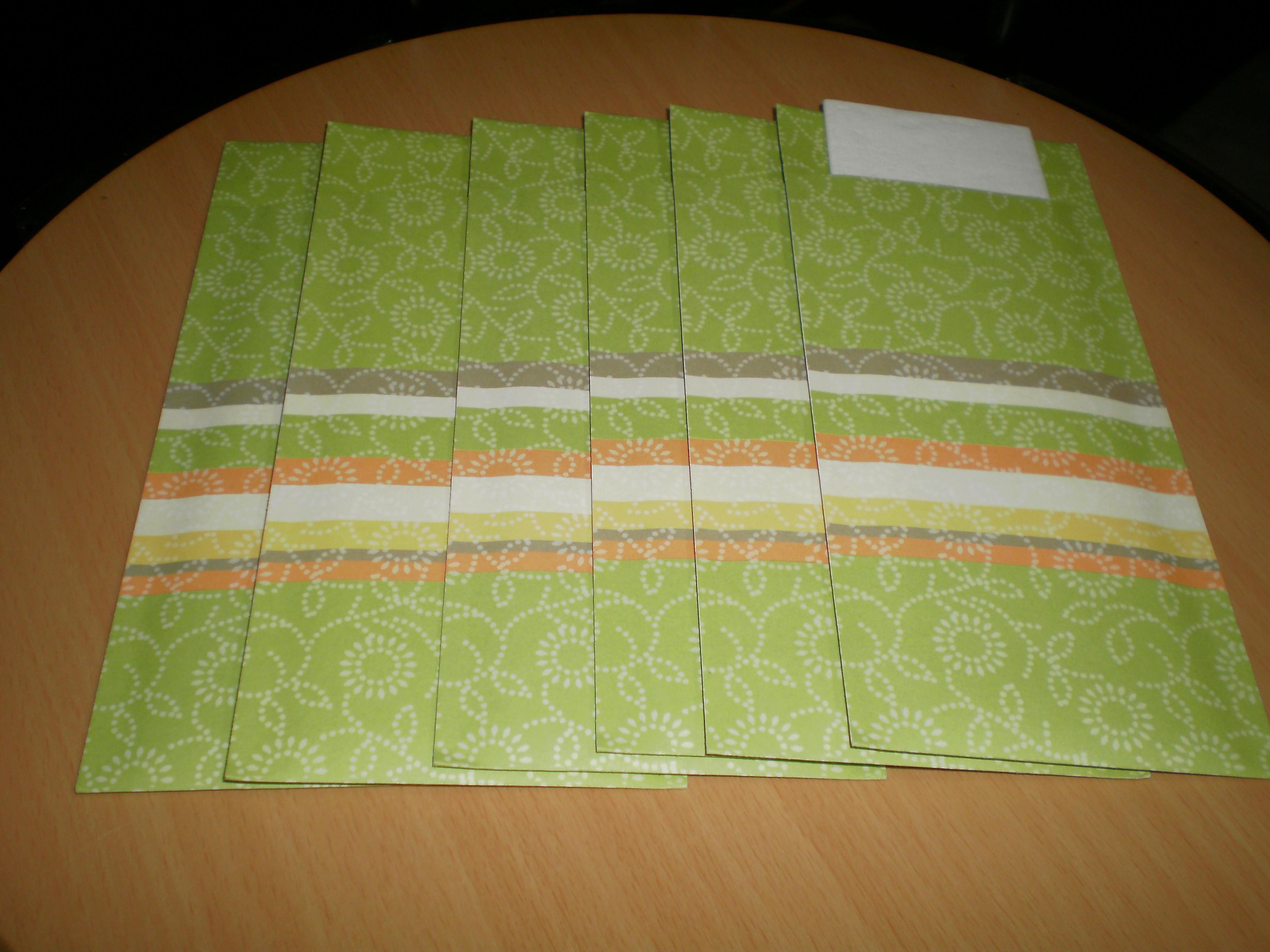 troc de troc lot 6 pochettes à couverts neufs avec serviette image 0