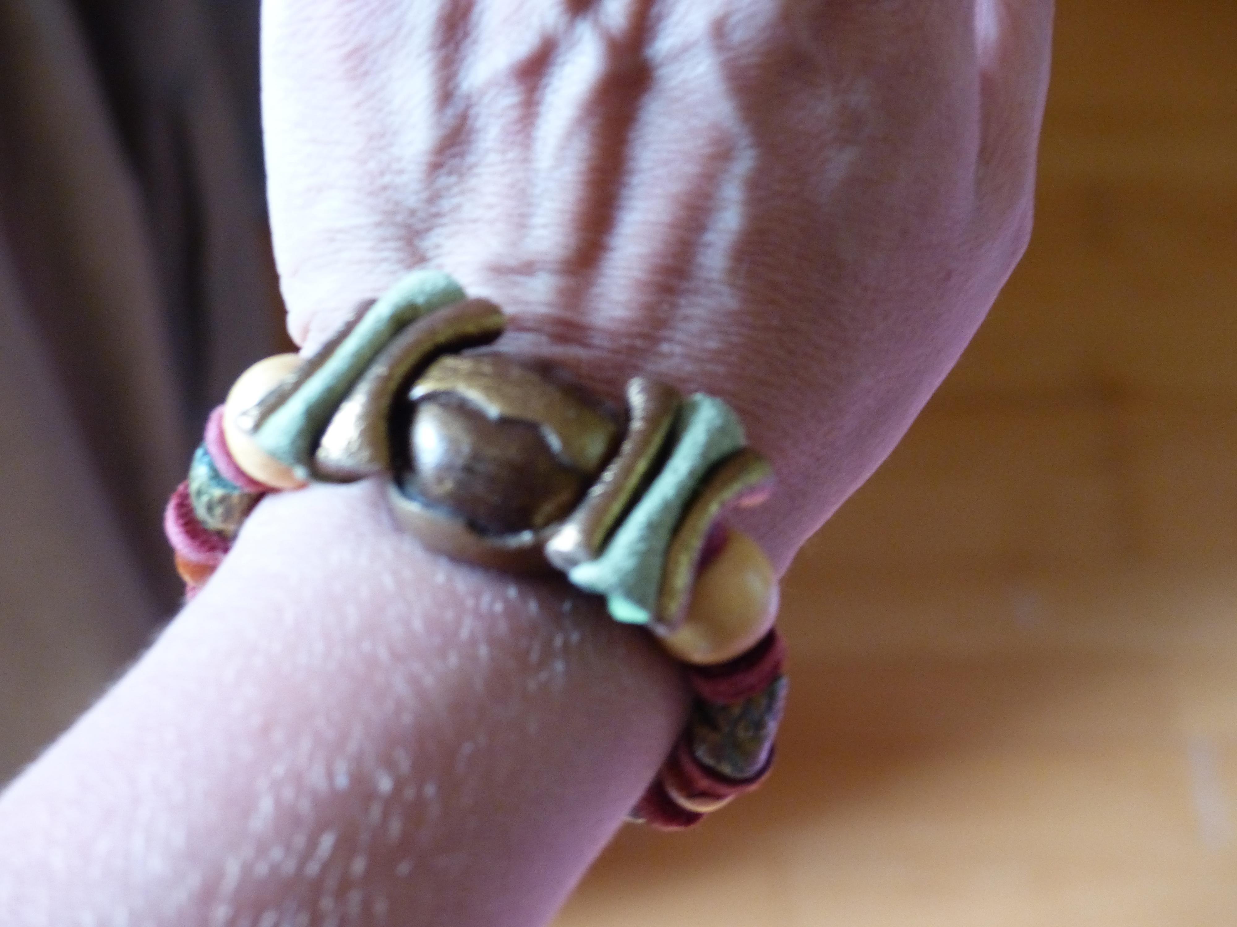 troc de troc bracelet bois et cuir image 0