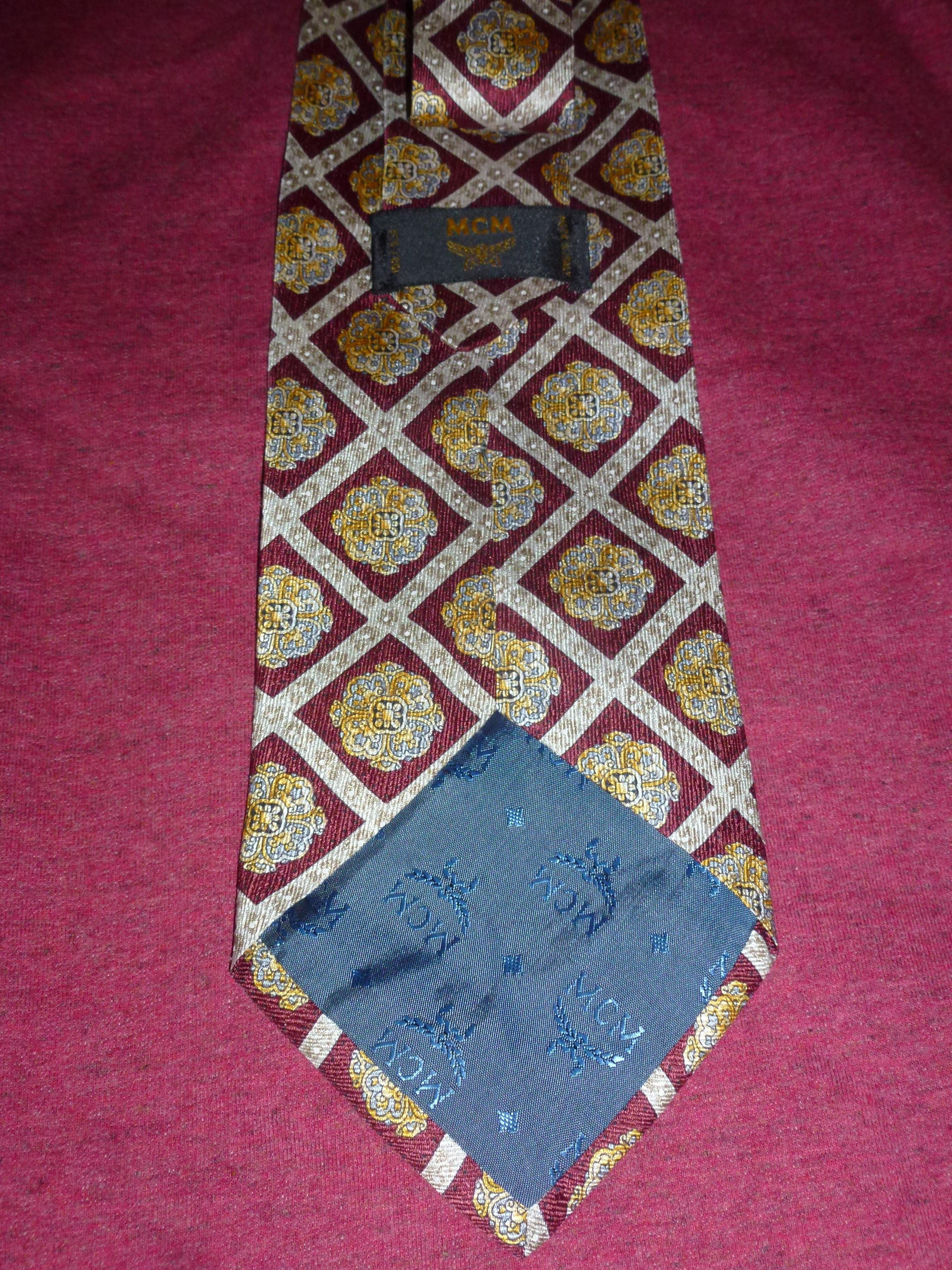 troc de troc cravate mcm neuve (made in italy) image 1