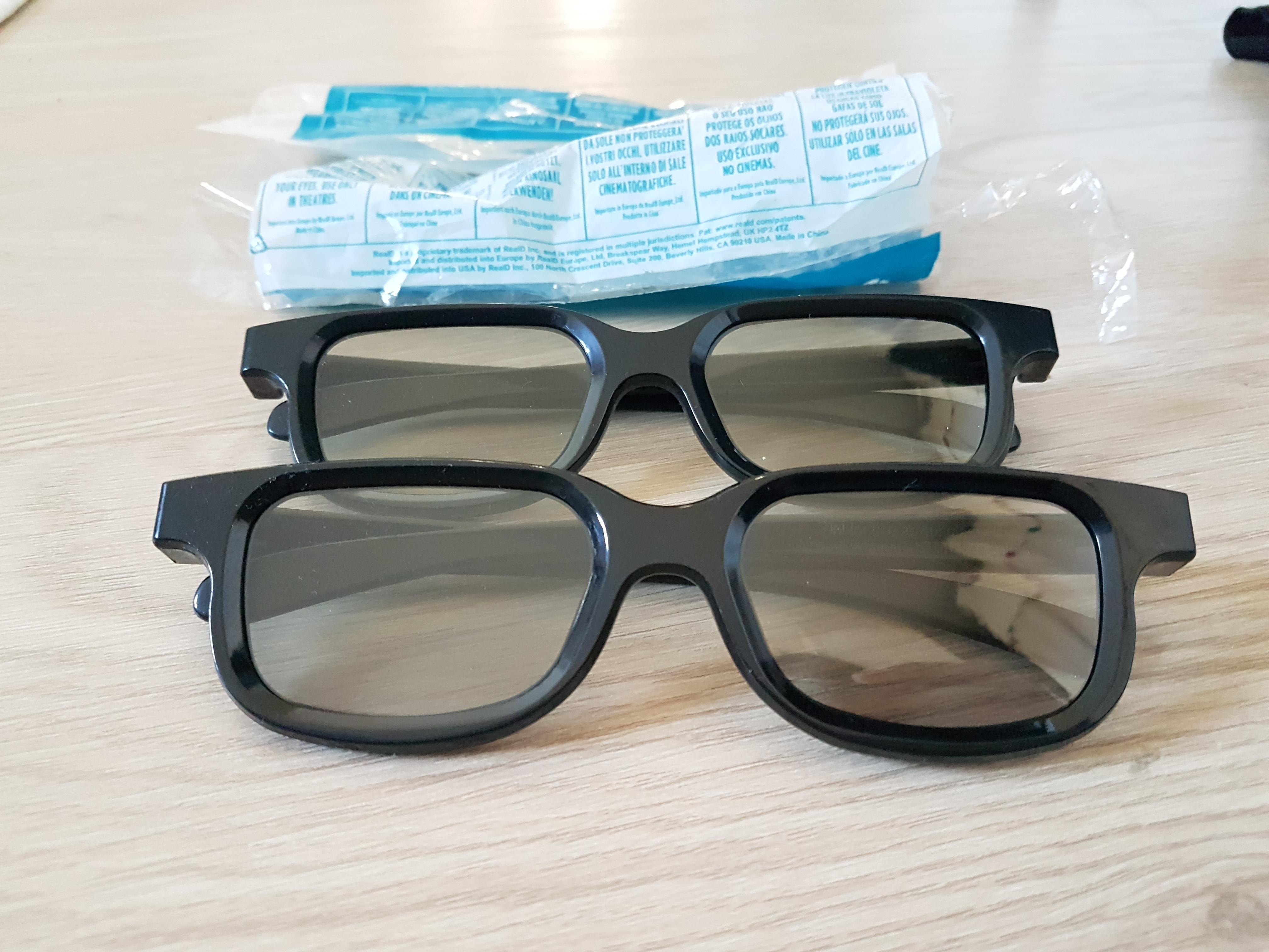 troc de troc 2 lunettes 3d image 0