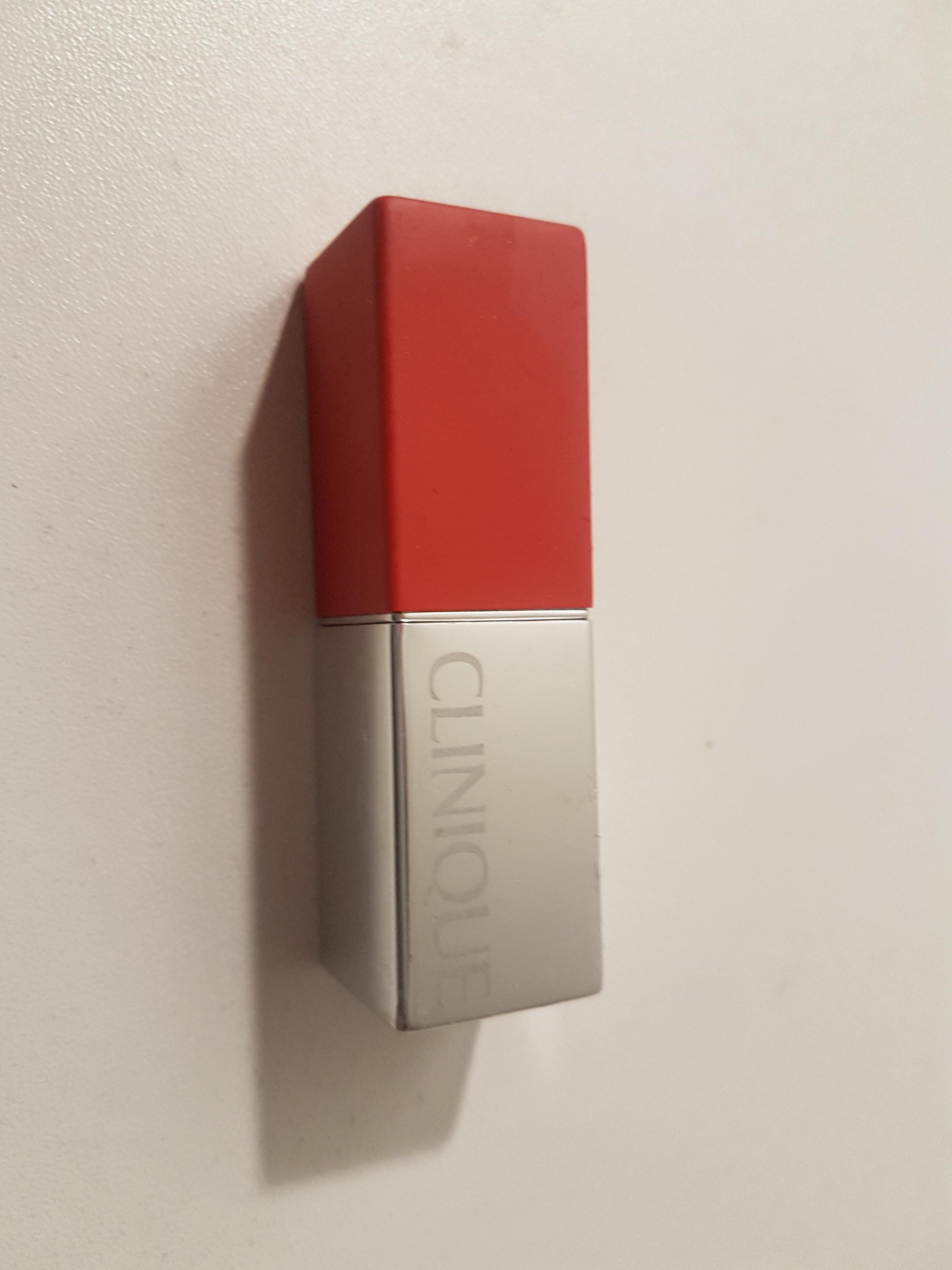 troc de troc rouge à lèvres clinique occasion image 0