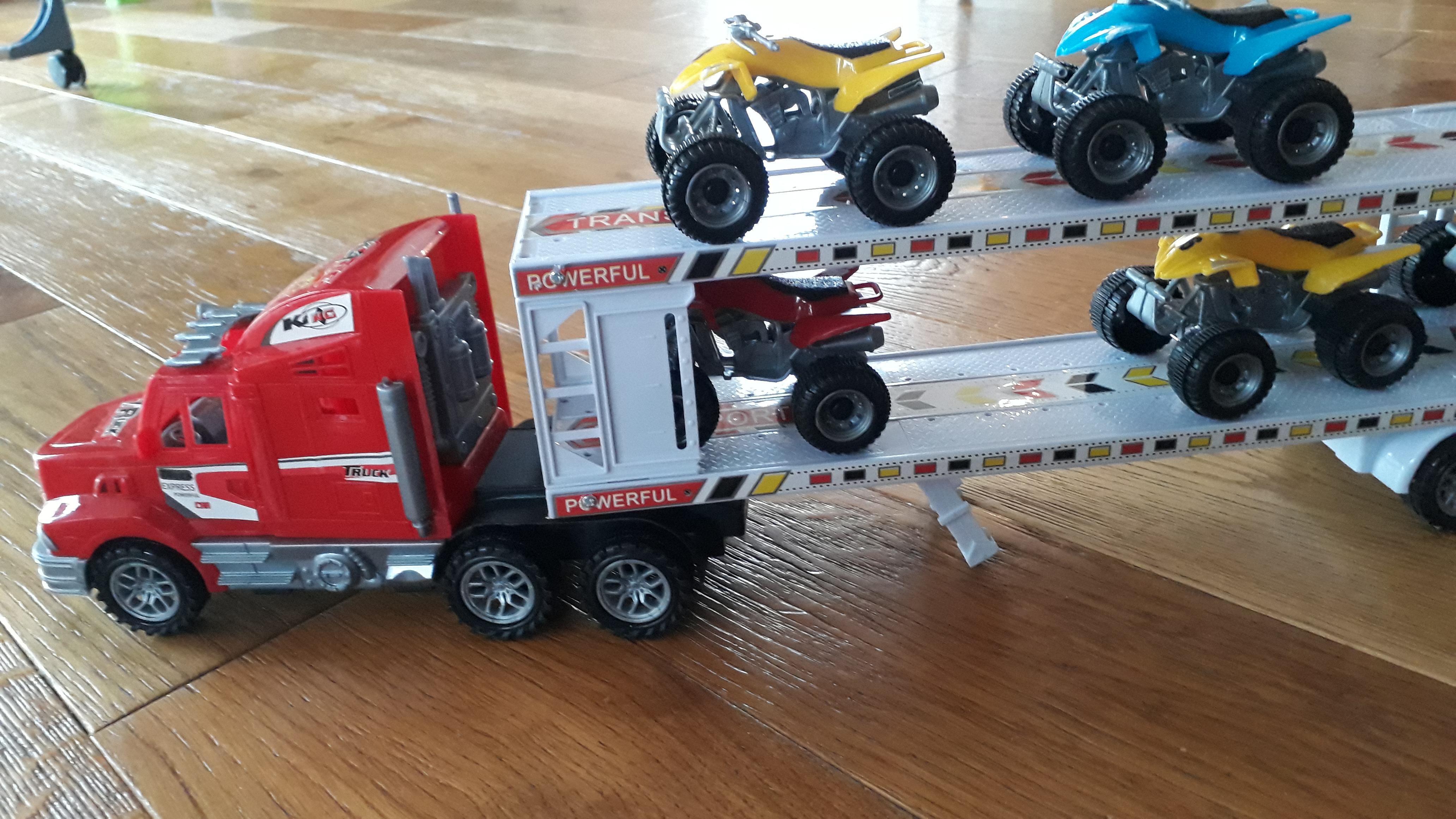 troc de troc camion à friction et 6 quads image 2